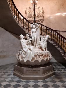 05 Ingresso palazzo